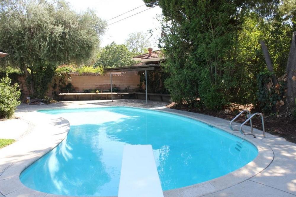 Total-remodel-backyard-in-Los-Angeles
