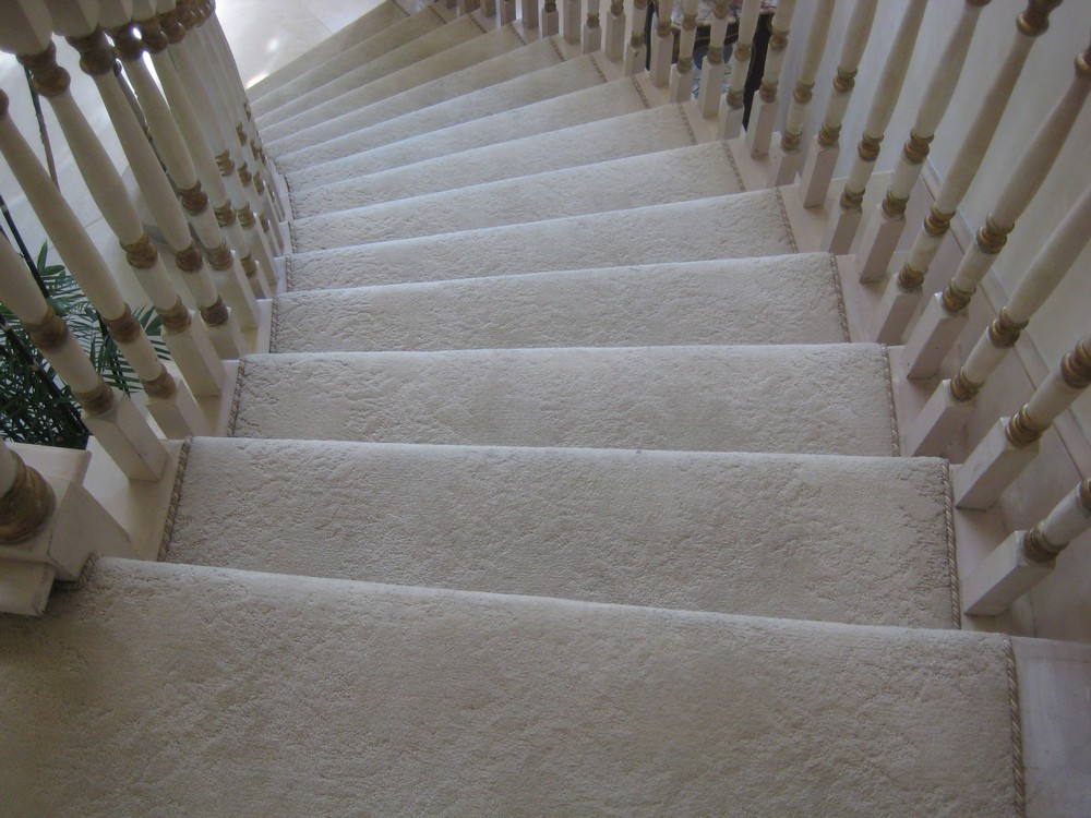 stair-carpet-for-house